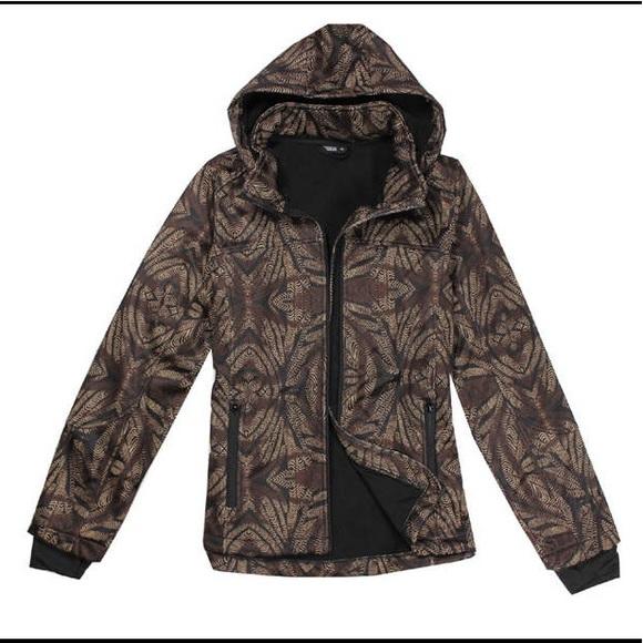 New Janina Outdoors Jacket